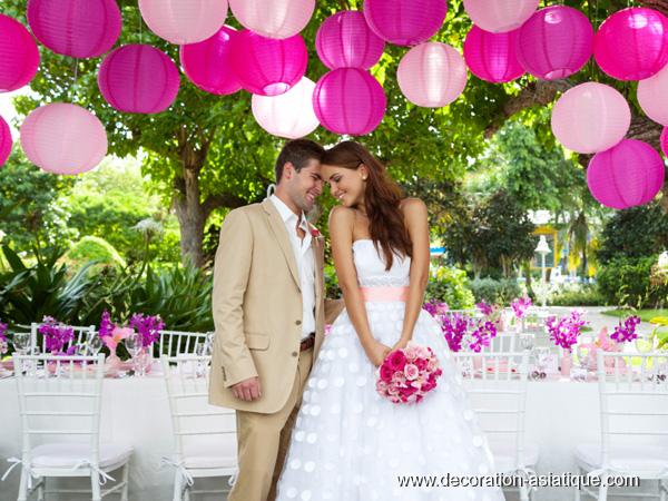 Décorer un mariage avec des lampions de papier